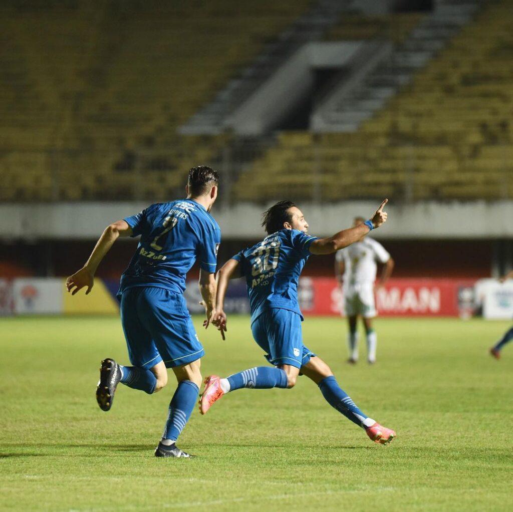 Ezra Walian Persib Bandung